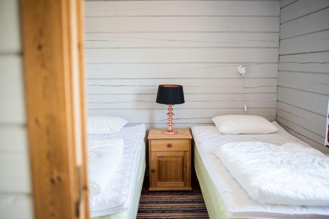 Bedroom (2) 76