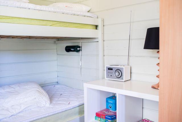 Bedroom 75