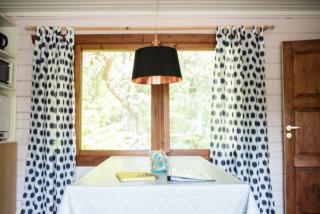 Kitchen table 77